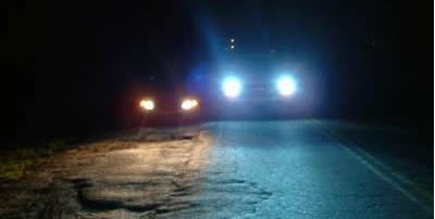 HID King upgrade kits are designed for any vehicle that uses a replaceable halogen bulb, transforming any H1, H3, H4, H7, 9004, 9005, 9006, and 9007 factory headlamp into a HID lighting system.